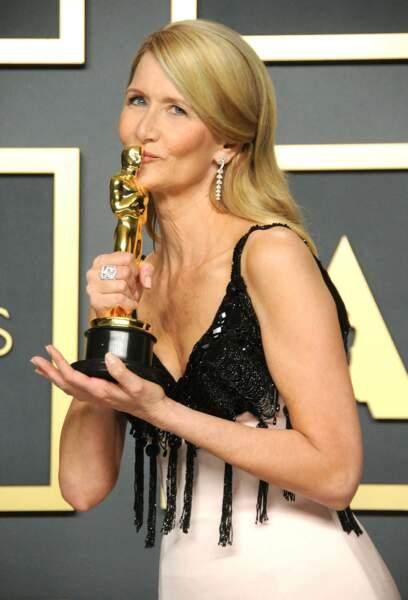"""Laura Dern, lauréate de la meilleure actrice dans un second rôle pour """"Marriage Story"""" en 2020"""