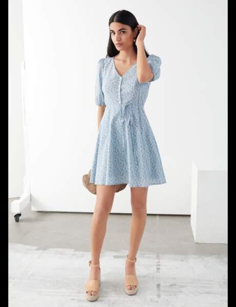 Tendance manches bouffantes : la robe courte