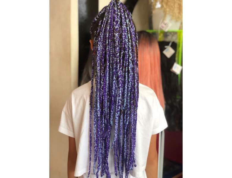 Box braids tricolores attachées
