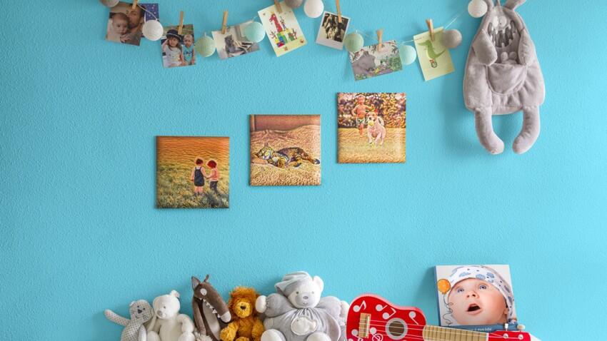 Comment décorer un mur avec des cadres photos personnalisés ?