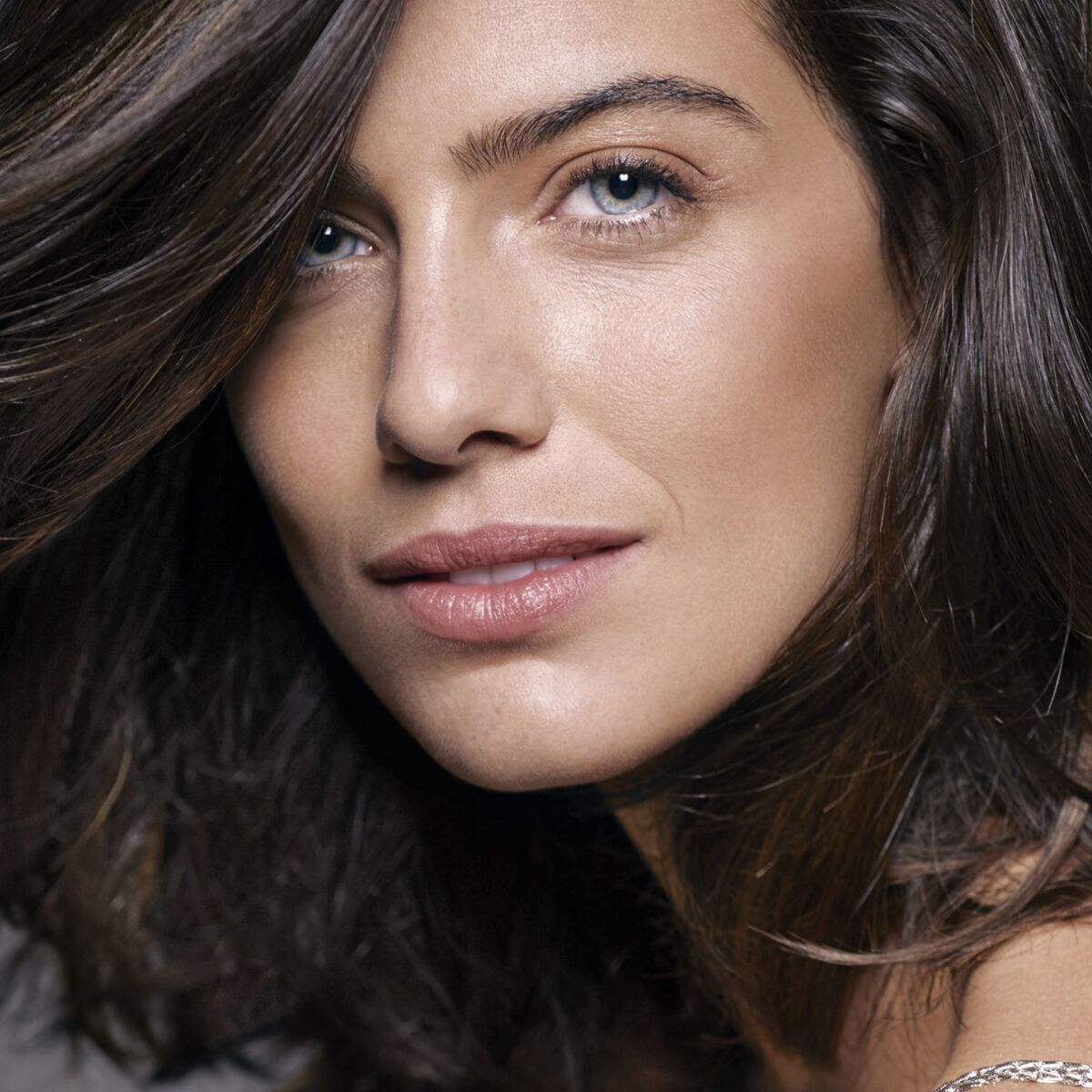 Carre Long Brune Les Plus Belles Coupes De Cheveux A Adopter Femme Actuelle Le Mag