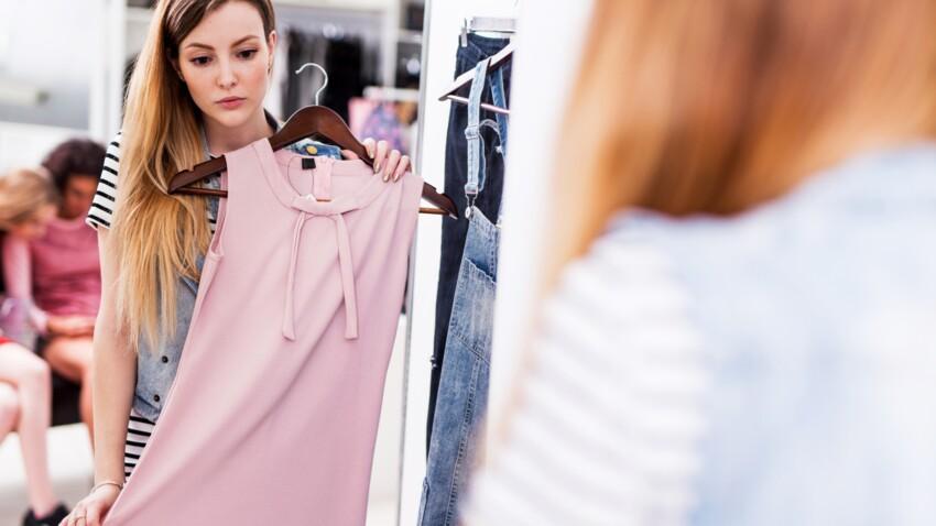 Quelle robe choisir quand on est petite ? Conseils et nouveautés tendance