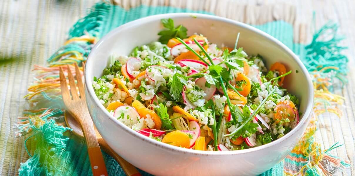 Couscous végétal de brocoli et chou-fleur aux herbes