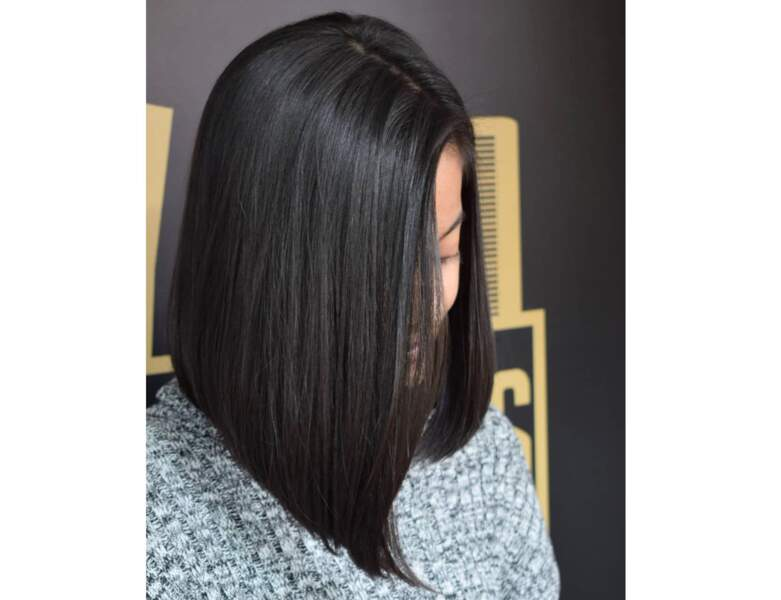 Carré long brun lisse