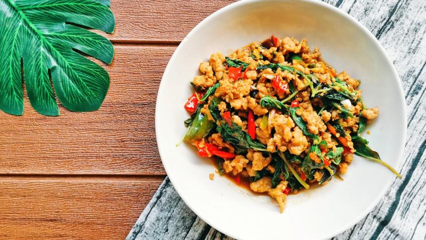 La recette du riz sauté aux saucisses et merguez de Cyril Lignac