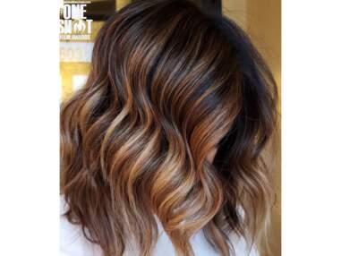 Carré long brune : les plus belles coupes de cheveux repérées sur Instagram