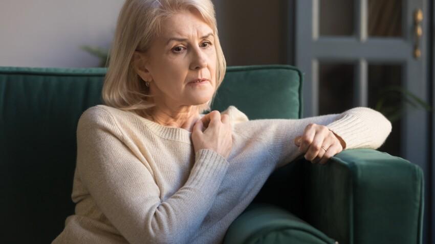 Ménopause : ces symptômes qui doivent vous pousser à consulter