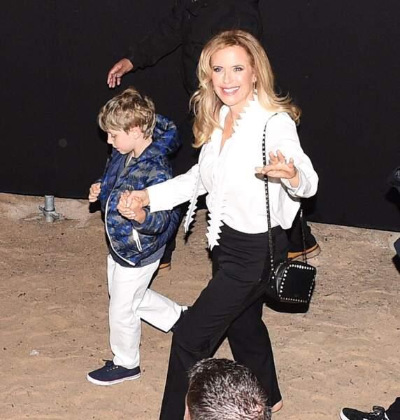 John Travolta au Cinema de la plage avec sa femme Kelly Preston et son fils Benjamin lors du 71ème Festival International du Film de Cannes,
