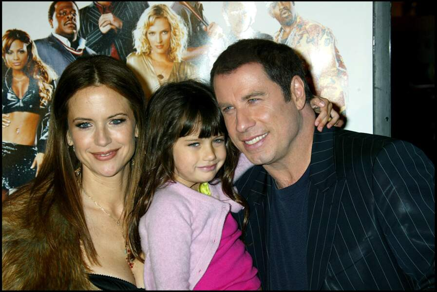 John Travolta, sa femme Kelly Preston et leur fille lors de la première du film Be Cool à Los Angeles