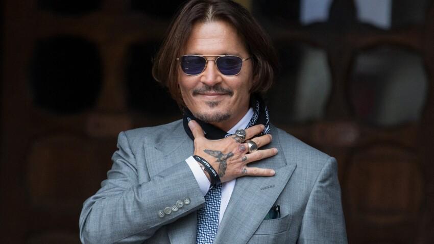 Procès de Johnny Depp : doigt tranché, traces de sang et humour noir...