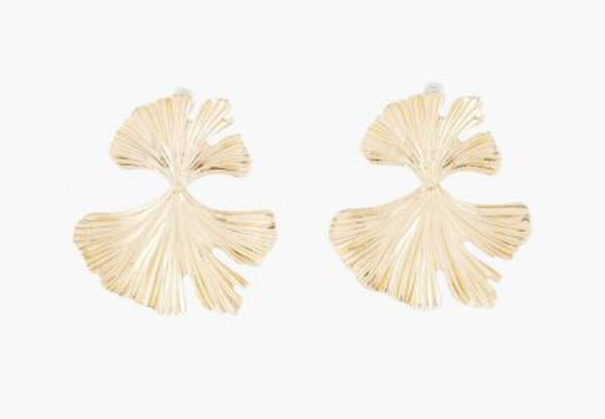Bijou doré d'été : les boucles d'oreilles feuilles