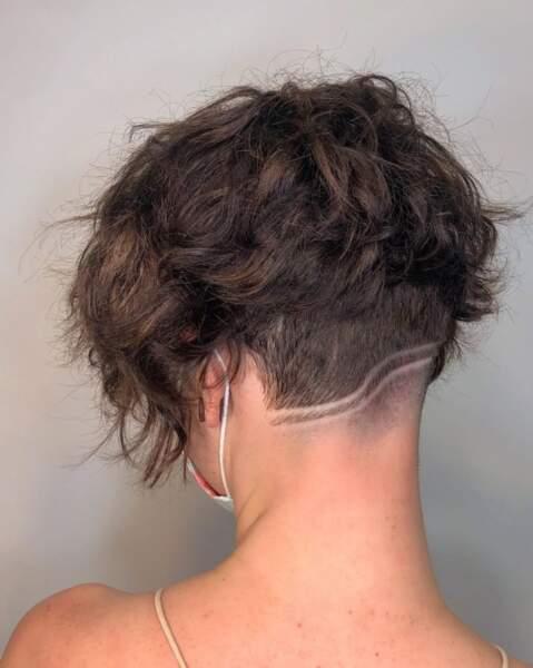 Undercut : sur cheveux bouclés