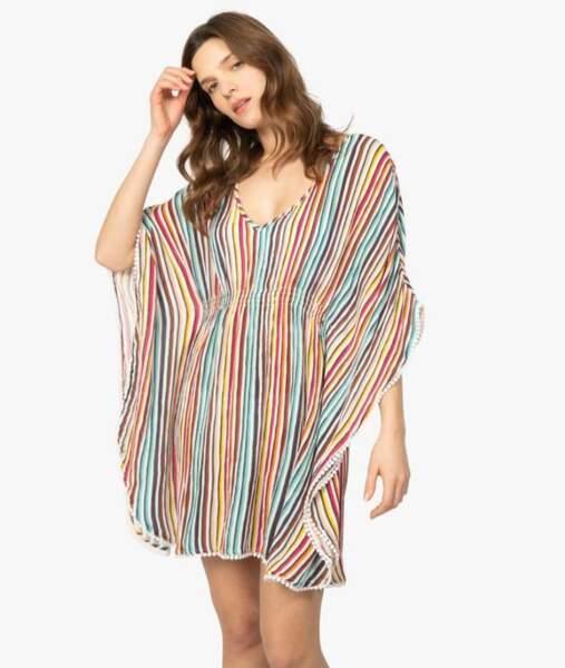 Robe de plage : à rayures