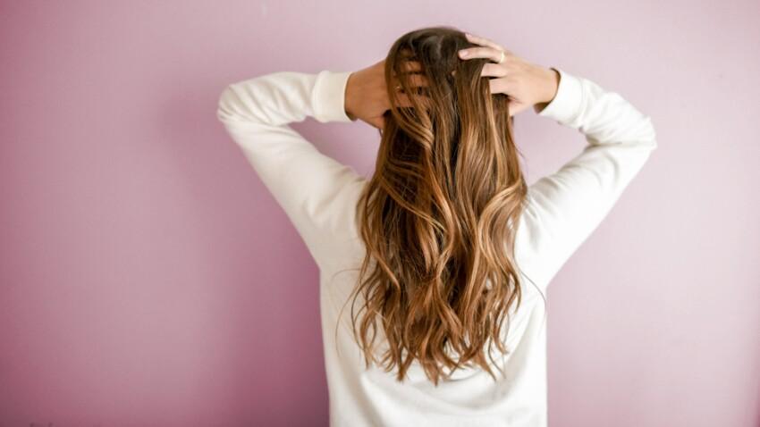 Quelle est la différence entre le blond foncé et le châtain clair ?
