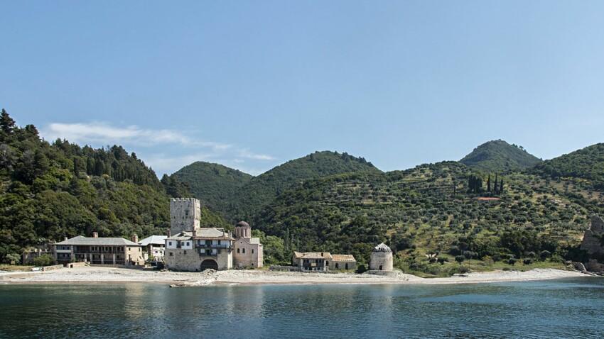 Voyage en Grèce : zoom sur le mont Athos, la sainte montagne grecque