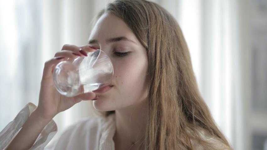 Hyperhydratation : que se passe-t-il lorsque l'on boit une trop grande quantité d'eau ?