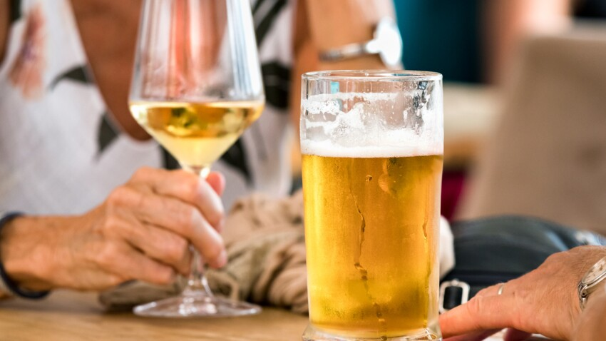 Vin ou bière : laquelle de ces boissons alcoolisées est la plus calorique ?