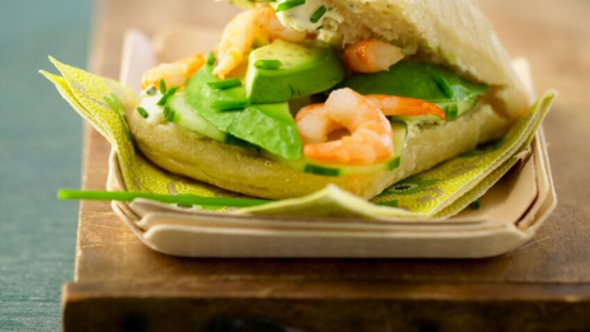 Tous en cuisine : la recette des sandwich-roll aux crevettes et mayo curry de Cyril Lignac
