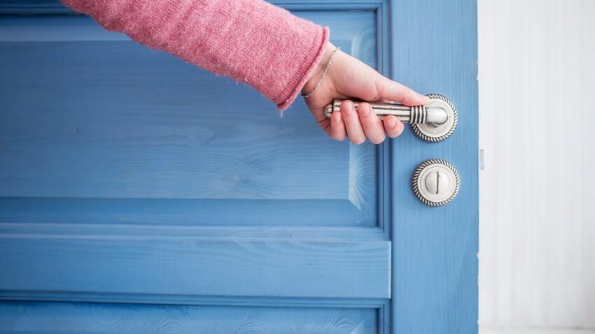 3 astuces faciles et rapides pour réparer une poignée de porte