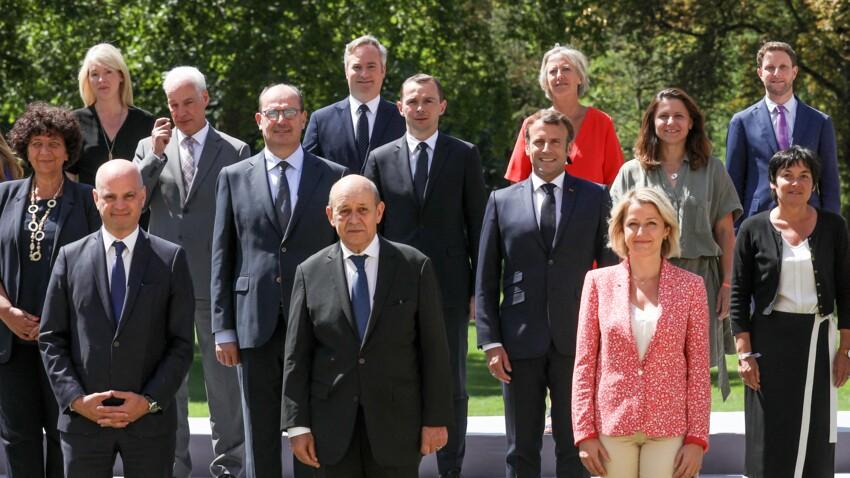 """Ces ministres sommés de ne pas """"bronzer au soleil"""" par Jean Castex"""