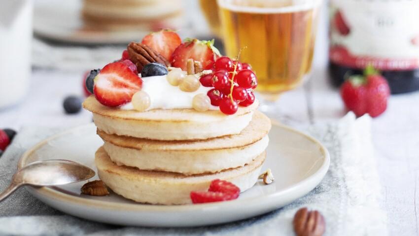 Pancakes fluffy et sirop de miel au cidre doux