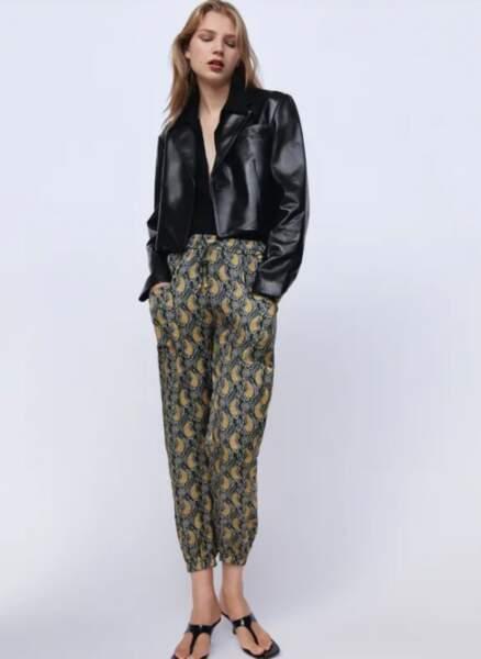 Les pantalons tendance de la rentrée automne-hiver 2020-2021 : avec un imprimé original