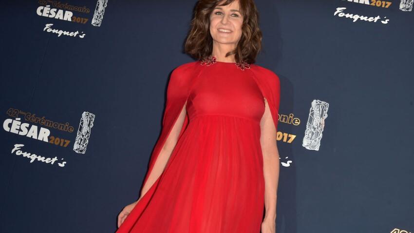 """Valérie Lemercier bluffante en Céline Dion pour son prochain film, """"Aline"""""""