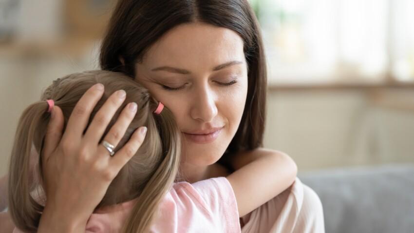 """Trisomie 21 : """"Le diagnostic de notre fille après la naissance a été une tempête émotionnelle"""""""