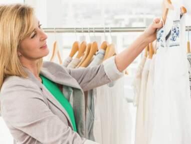 Dressing idéal : top 10 des indispensables mode à glisser dans son armoire dès 50 ans