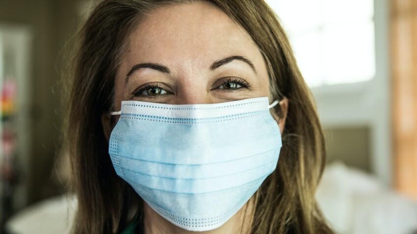 Maskne : nos astuces pour lutter contre cette nouvelle forme d'acné causée par le masque