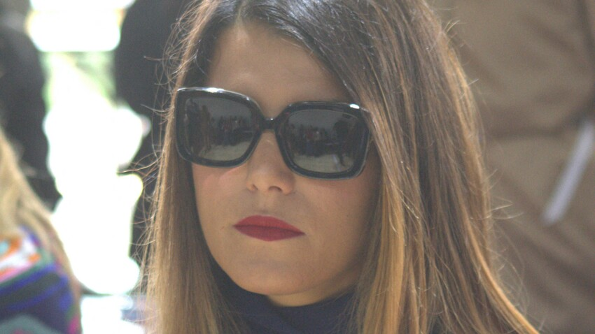 Karine Ferri adopte une nouvelle coloration tendance