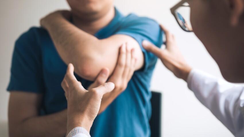 Tennis elbow : comment reconnaître et soulager cette douleur du coude ?
