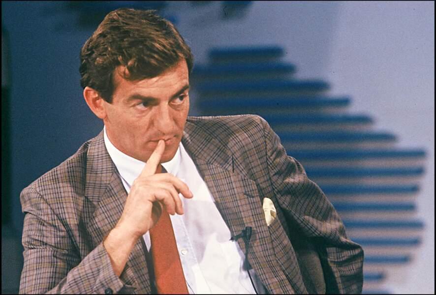 Trois ans après son arrivée, en 1978, il est choisi pour co-présenter le journal de 13 Heures aux côtés d'Yves Mourousi, le journaliste phare de TF1.