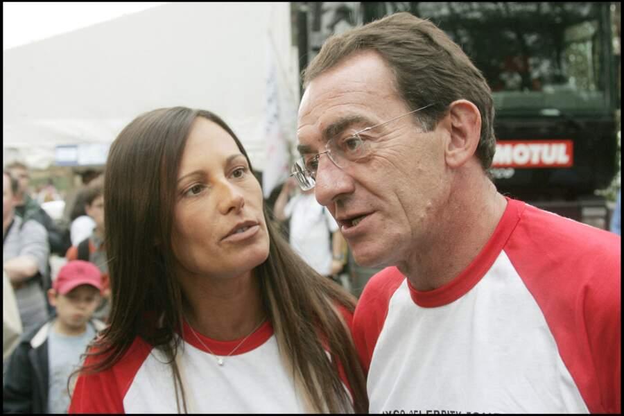 Comme dans un véritable conte de fée, Jean-Pierre Pernaut et Nathalie Marquay se sont rencontrés en décembre 2001, alors qu'ils étaient venus tous les deux pour l'élection de Miss France 2002, à Mulhouse.
