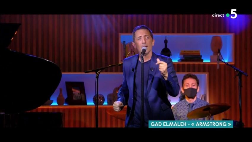 """""""Au secours"""", """"Un massacre"""" : Gad Elmaleh vivement critiqué sur sa prestation dans """"C à Vous"""""""