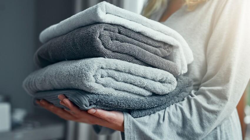 Les meilleures serviettes de bains pour la peau selon les dermatologues