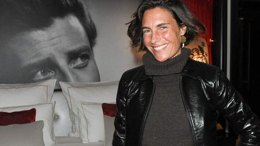 Alessandra Sublet canon, elle adopte une tenue en cuir sexy (et tendance !)