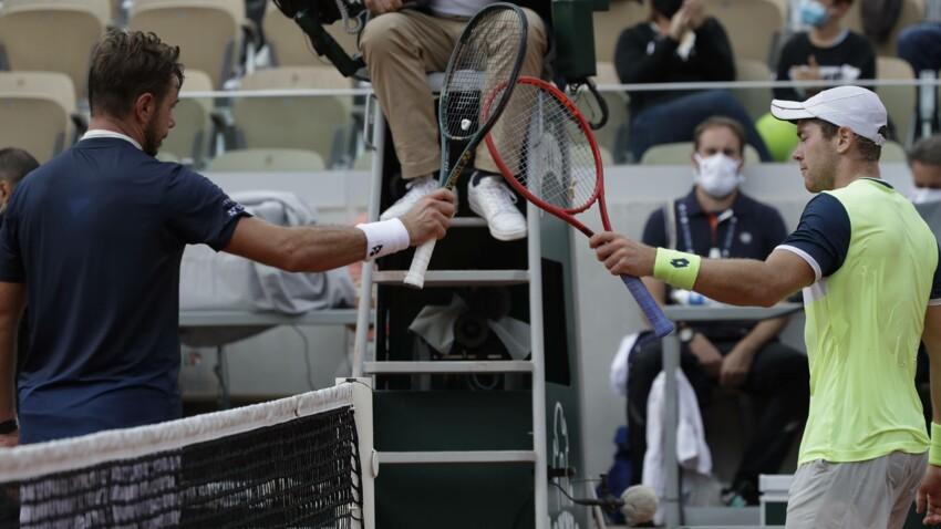 """Le bruit """"d'explosion"""" à Paris perturbe un match à Roland-Garros : la vidéo surprenante"""