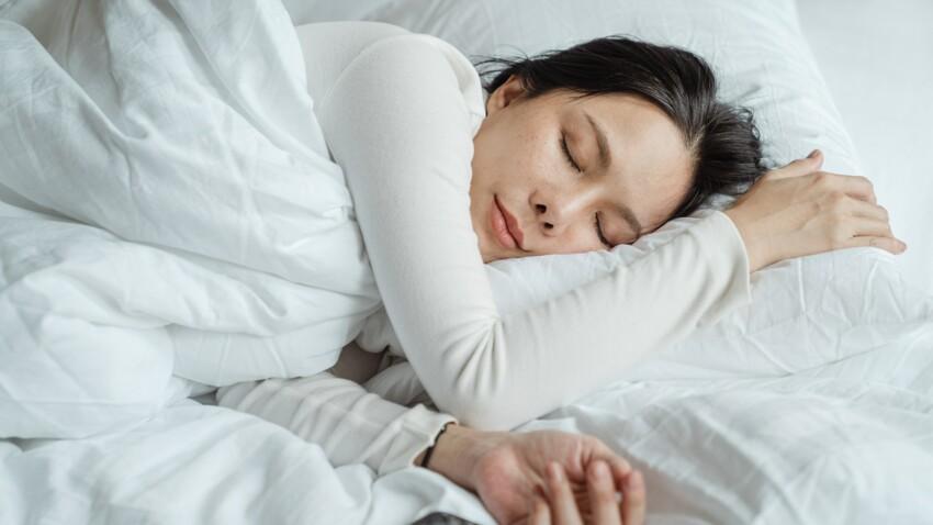 Méthode 10-3-2-1 : la technique révolutionnaire d'un médecin pour s'endormir facilement