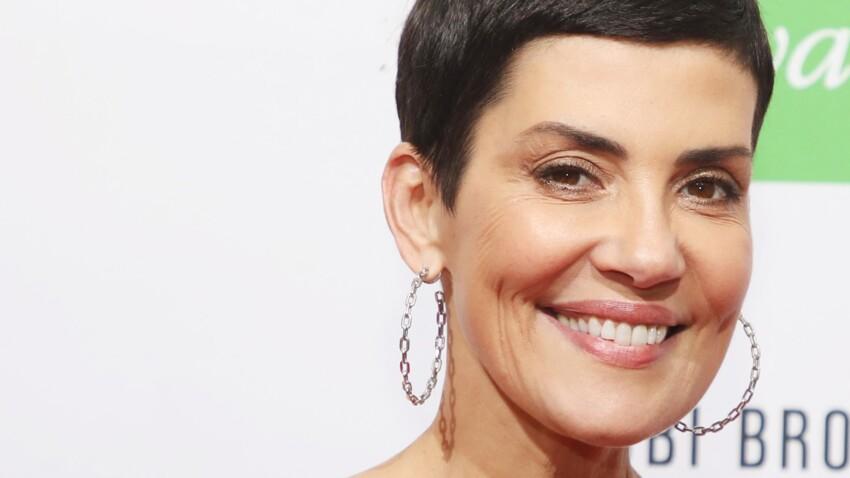 Bottines à clous et jupe en cuir : Cristina Cordula au top dans un look rock