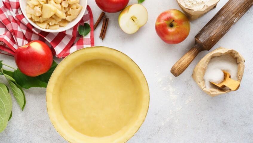 Le meilleur pâtissier : la recette originale de la tarte aux pommes de Merouan Bounekraf