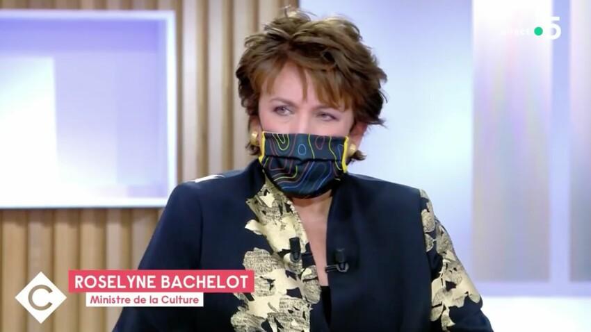 """Roselyne Bachelot dans """"C à vous"""" : un détail étonne les téléspectateurs"""