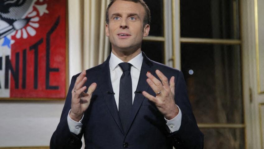 Emmanuel Macron comparé à Julien Doré par un ancien ministre : découvrez lequel