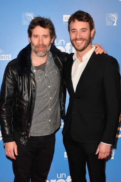 """En duo, avec son frère Yaniss Lespert, à l'avant-première du film """"Un profil pour deux"""", au cinéma UGC Normandie à Paris, le 27 mars 2017."""