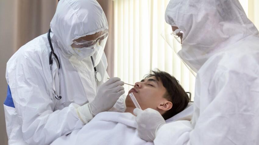 """""""Super contaminateurs"""" : qui sont les personnes responsables de la propagation de l'épidémie ?"""