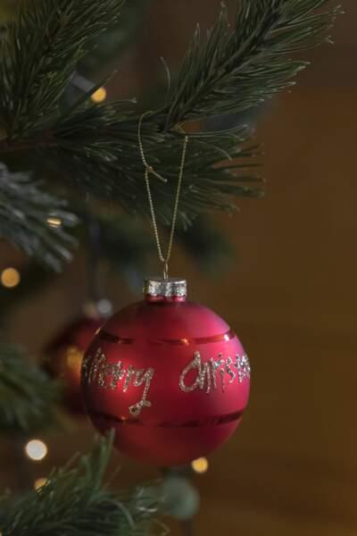 Boule Merry Xmas à suspendre