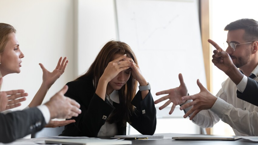 Travail : quels sont les comportements à proscrire au bureau ?
