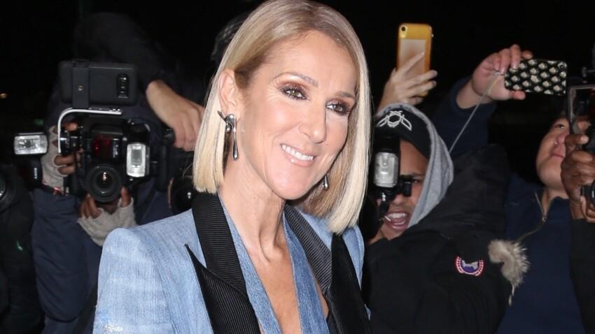 Céline Dion sensuelle et épaules dénudées dans un caraco lingerie