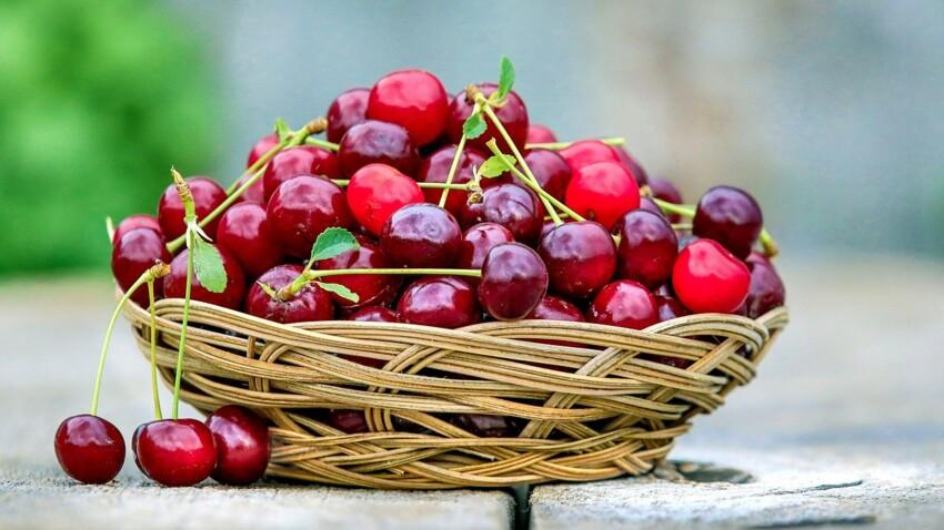 Pesticides : les 10 fruits et légumes à consommer bio en priorité