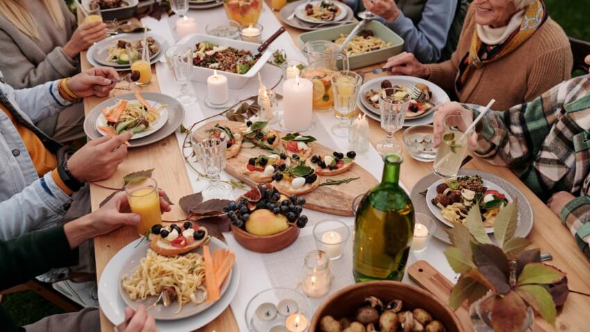 Dire bon appétit avant de manger, ce n'est pas poli !